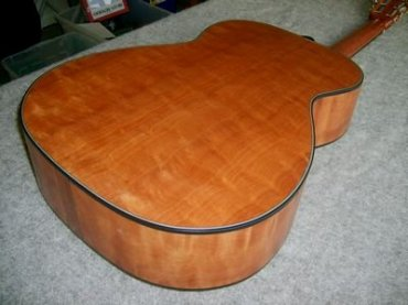 Guitar (bottom and sides) Makore